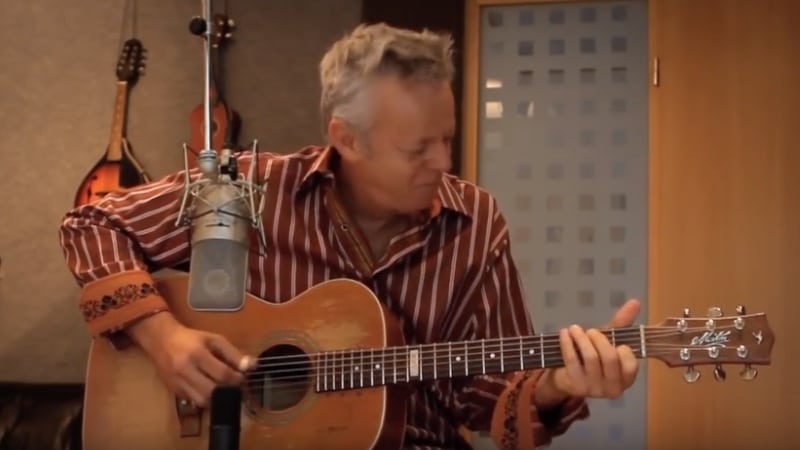 Tommy Emmanuel spielt Classical Gas