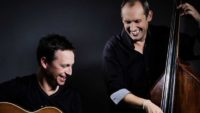 10String Orchestra: Zwei Professoren und eine Schrotti!